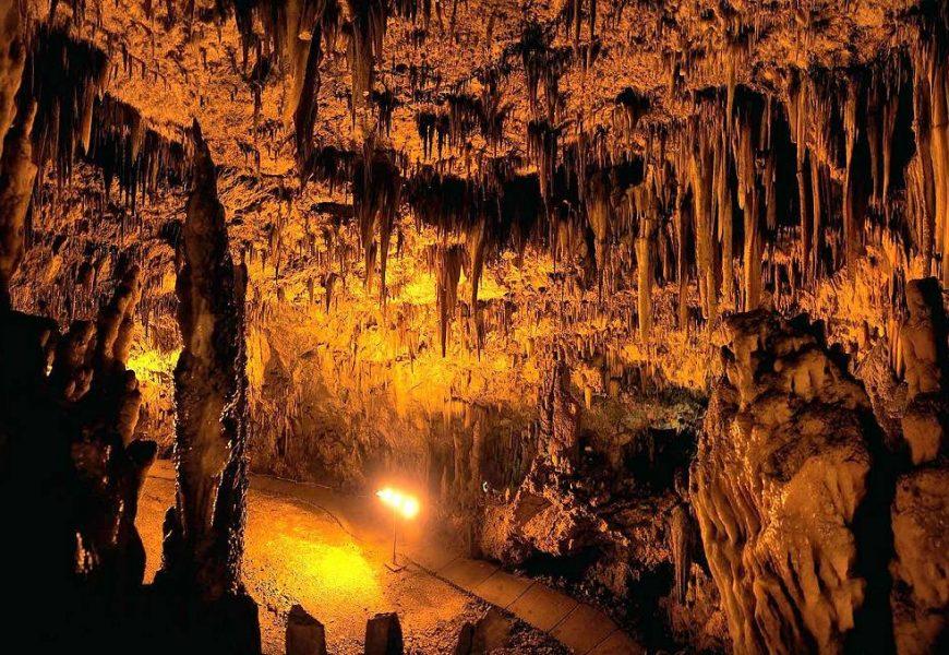 Το σπήλαιο της Αλιστράτης