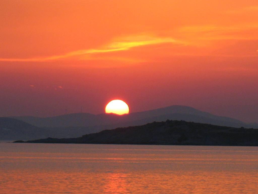 sunset-agia-anna